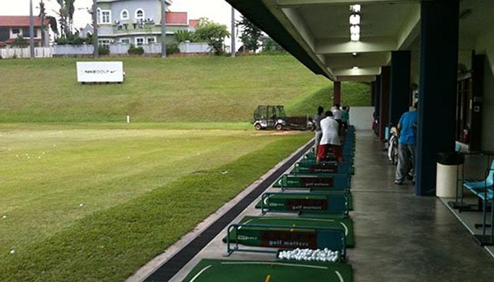 Học chơi golf tại sân Rạch Chiếc